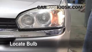 2005 Chevrolet Malibu 2.2L 4 Cyl. Lights Headlight (replace bulb)