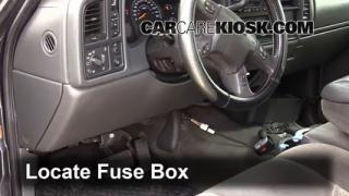 2005 Chevrolet Silverado 2500 HD 6.6L V8 Turbo Diesel Extended Cab Pickup (4 Door) Fuse (Interior) Check