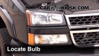 2005 Chevrolet Silverado 2500 HD 6.6L V8 Turbo Diesel Extended Cab Pickup (4 Door) Lights Parking Light (replace bulb)