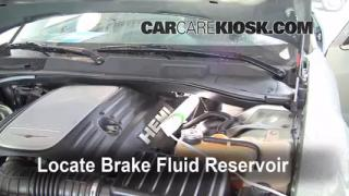 2005-2010 Chrysler 300 Brake Fluid Level Check