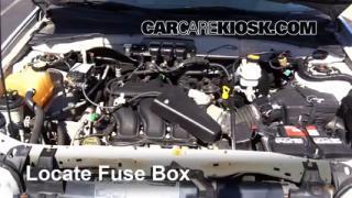 2005 Ford Escape Limited 3.0L V6 Fuse (Engine) Check