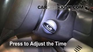 How to Set the Clock on a Ford Excursion (2000-2005)