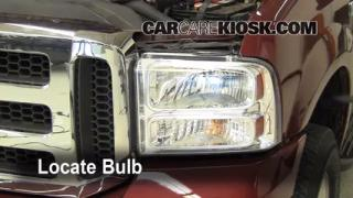 2005 Ford F-250 Super Duty XLT 6.0L V8 Turbo Diesel Crew Cab Pickup (4 Door) Lights Headlight (replace bulb)