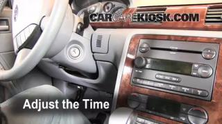 How to Set the Clock on a Mercury Montego (2005-2007)