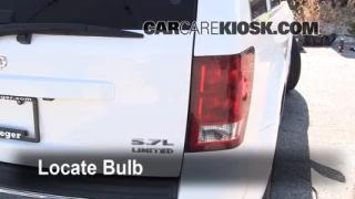 2005 Jeep Grand Cherokee Limited 5.7L V8 Lights Brake Light (replace bulb)