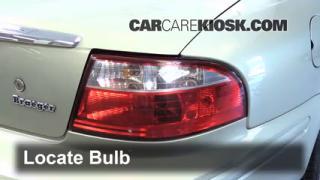2005 Mercury Sable GS 3.0L V6 Sedan Lights Turn Signal - Rear (replace bulb)