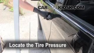 2006 BMW X5 4.4i 4.4L V8 Tires & Wheels Check Tire Pressure