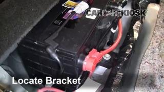 2006 Buick Lucerne CXS 4.6L V8 Battery Replace