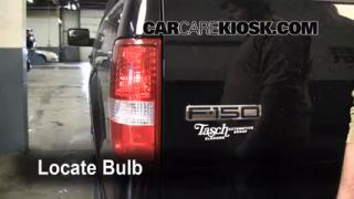 2006 Ford F-150 XLT 5.4L V8 Extended Cab Pickup (4 Door) Lights Tail Light (replace bulb)