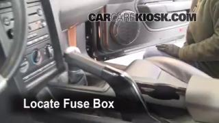 2005-2009 Ford Mustang Interior Fuse Check