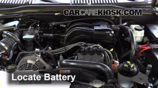 2006 Mercury Mountaineer Convenience 4.0L V6 Battery Replace