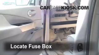2006 Nissan Quest S 3.5L V6%2FFuse Interior Part 1 cabin filter replacement nissan quest 2004 2009 2006 nissan 2000 nissan quest fuse box at soozxer.org