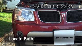 2006 Pontiac Torrent 3.4L V6 Lights Turn Signal - Front (replace bulb)