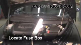 Replace a Fuse: 2006-2011 Chevrolet HHR