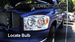 2007 Dodge Ram 1500 Laramie 5.7L V8 Extended Crew Cab Pickup Lights Turn Signal - Front (replace bulb)