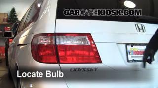 2007 Honda Odyssey EX 3.5L V6 Lights Turn Signal - Rear (replace bulb)
