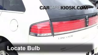 2007 Lincoln MKX 3.5L V6 Lights Brake Light (replace bulb)