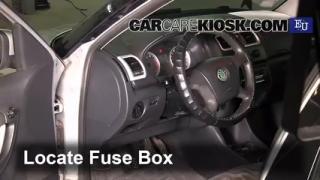 2007 Skoda Roomster HTP 1.2L 3 Cyl. Fusible (interior) Cambio