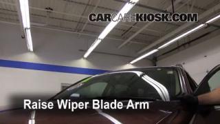 Front Wiper Blade Change Ford Taurus X (2008-2009)