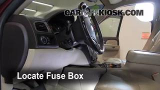2007-2013 GMC Yukon Interior Fuse Check