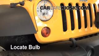 2008 Jeep Wrangler Unlimited Rubicon 3.8L V6 Lights Turn Signal - Front (replace bulb)