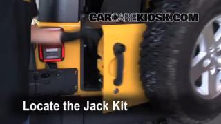 2007-2014 Jeep Wrangler Jack Up How To
