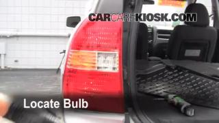 Brake Light Change 2005-2010 Kia Sportage