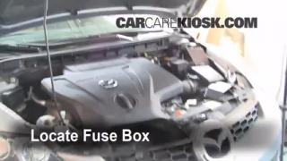 Replace a Fuse: 2007-2012 Mazda CX-7