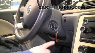 How to Set the Clock on a Mercury Sable (2008-2009)