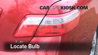 2008 Toyota Camry LE 2.4L 4 Cyl. Lights Turn Signal - Rear (replace bulb)