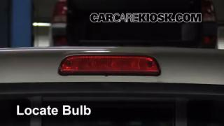 2008 Toyota Tacoma 2.7L 4 Cyl. Extended Cab Pickup (4 Door) Luces Luz de freno central (reemplazar foco)