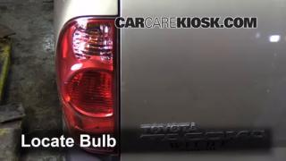 2008 Toyota Tacoma 2.7L 4 Cyl. Extended Cab Pickup (4 Door) Luces Luz de freno (reemplazar foco)