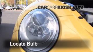 2008 Volkswagen Beetle S 2.5L 5 Cyl. Hatchback Lights Daytime Running Light (replace bulb)