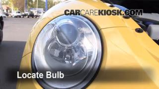 2008 Volkswagen Beetle S 2.5L 5 Cyl. Hatchback Lights Highbeam (replace bulb)