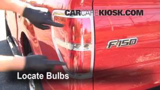 2009 Ford F-150 XLT 5.4L V8 FlexFuel Crew Cab Pickup (4 Door) Lights Brake Light (replace bulb)