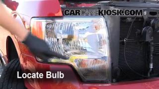 2009 Ford F-150 XLT 5.4L V8 FlexFuel Crew Cab Pickup (4 Door) Lights Turn Signal - Front (replace bulb)