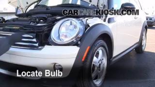 2009 Mini Cooper Clubman 1.6L 4 Cyl. Lights Headlight (replace bulb)