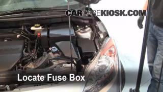 Replace a Fuse: 2010-2013 Mazda 3