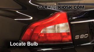 2010 Volvo S80 T6 3.0L 6 Cyl. Turbo Lights Brake Light (replace bulb)