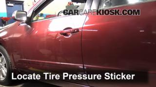2011 Nissan Altima SR 3.5L V6 Sedan Tires & Wheels Check Tire Pressure