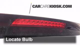 Third Brake Light Bulb Change Kia Sorento (2011-2011)