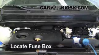 Replace a Fuse: 2010-2013 Kia Soul