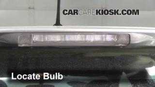 2012 Toyota Prius C 1.5L 4 Cyl. Luces Luz de freno central (reemplazar foco)