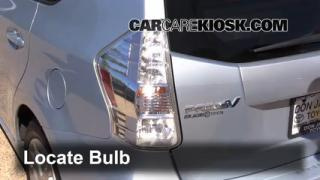 2012 Toyota Prius V 1.8L 4 Cyl. Lights Tail Light (replace bulb)