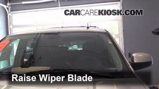 2013 Chevrolet Tahoe LT 5.3L V8 FlexFuel Windshield Wiper Blade (Front) Replace Wiper Blades