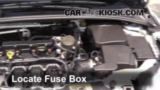 Replace a Fuse: 2012-2016 Ford Focus