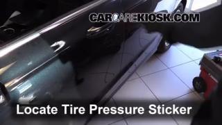 2014 Ford Fusion SE 2.5L 4 Cyl. Tires & Wheels Check Tire Pressure