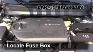 2014 Jeep Cherokee Latitude 3.2L V6%2FFuse Engine Part 1 replace a fuse 2014 2016 jeep cherokee 2014 jeep cherokee 2016 jeep cherokee fuse box diagram at bakdesigns.co