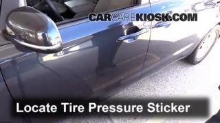 2015 Kia Sedona LX 3.3L V6 Tires & Wheels Check Tire Pressure
